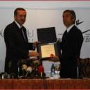 Stefano D'Anna Başbakan Tayyip Erdoğan'a Yönetim Üstadlığı Ödülü takdim etti